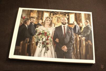 Poligraficzna pamiątka ślubna.